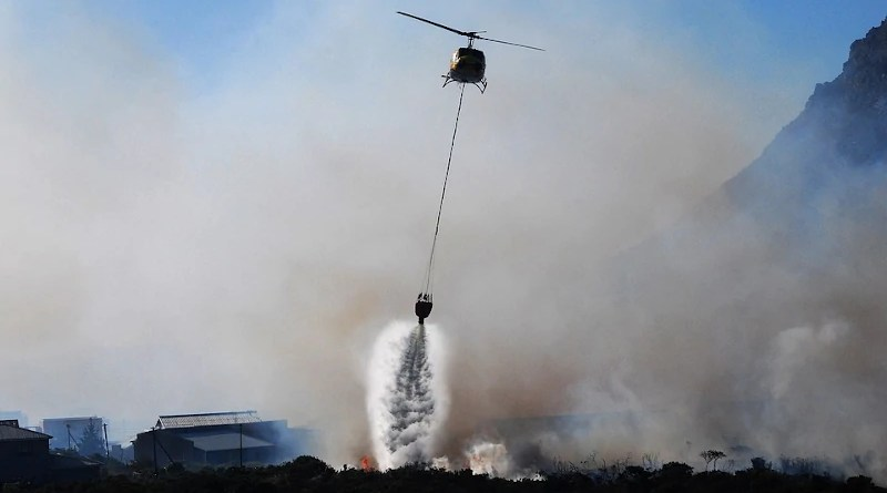 wildfire Helicopter Fire Smoke Fire Fight Fire Fighting