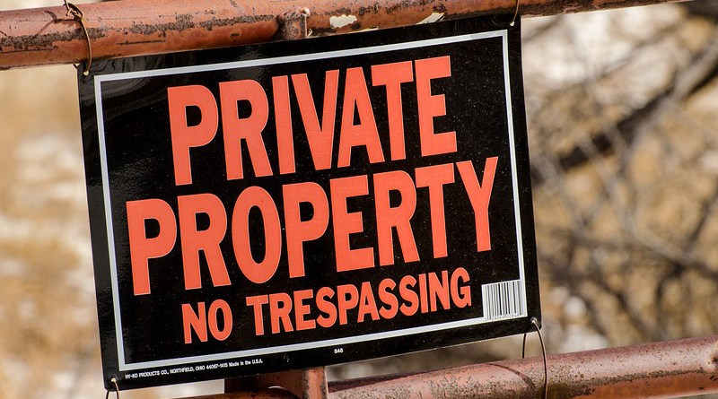 no trespassing Private Property Sign Gate Private Property