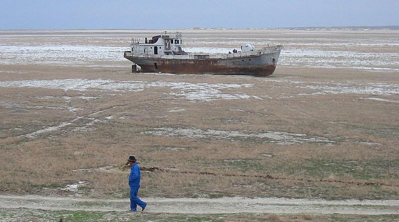 Abandoned ship near Aral, Kazakhstan. Photo Credit: Staecker, Wikipedia Commons