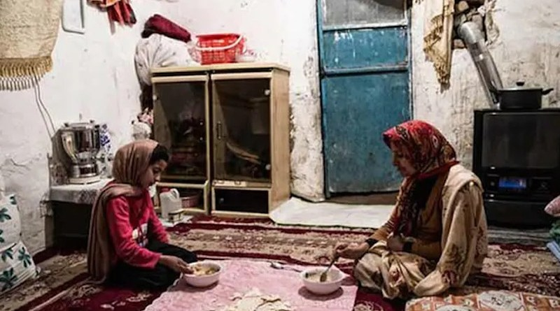 Iranians living in poverty. Photo Credit: Iran News Wire
