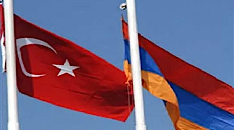 Flags of Turkey and Armenia