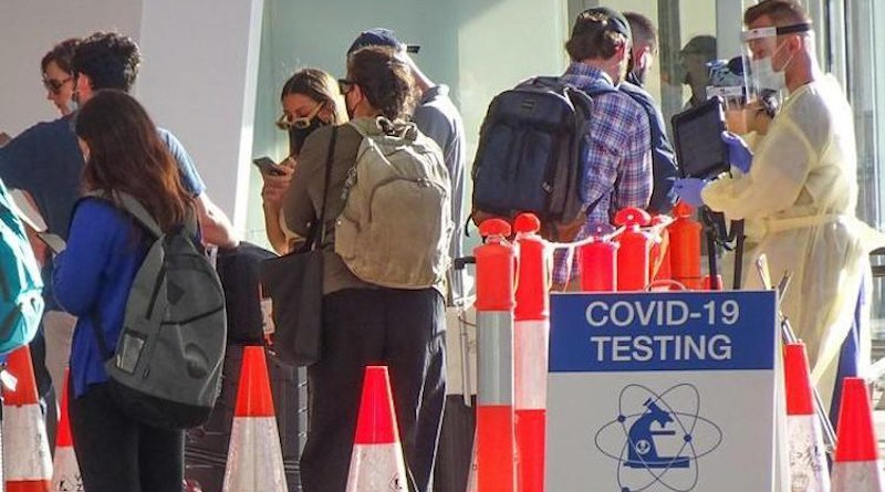 Covid testing queue. Source: CIDRAP | Michael Coghlan / Flickr cc