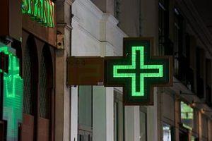 A partir de combien d'habitants une commune est-elle «tenue» de proposer une pharmacie ?