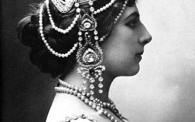 Existerait-il encore des descendants des membres du peloton d'exécution de Mata Hari ?