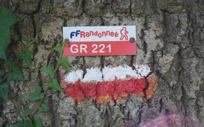 Existe-t-il un document cartographique sur lequel sont répertoriés tous les GR de France ? Merci d'avance pour votre réponse