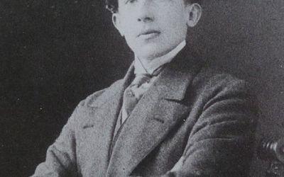 Dans quel ouvrage de Paul Valéry trouve t-on la citation «Le poète est celui qui inspire» ?