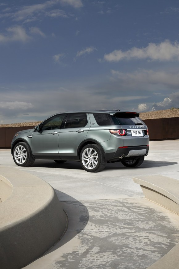 LR-Discovery-Sport-5