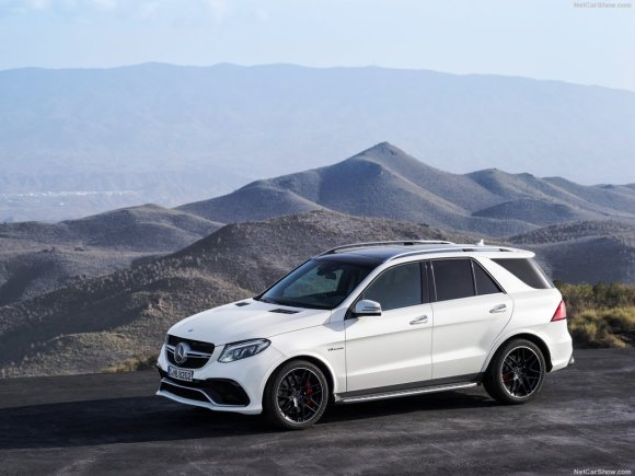 Mercedes-Benz-GLE_63_AMG_2016_1024x768_wallpaper_02