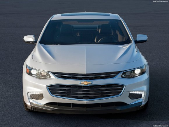 Chevrolet-Malibu_2016_1024x768_wallpaper_04