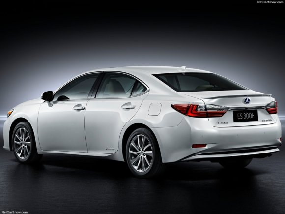 Lexus-ES_2016_1024x768_wallpaper_05