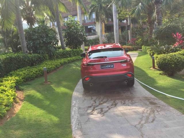 Mazda-CX-4-4