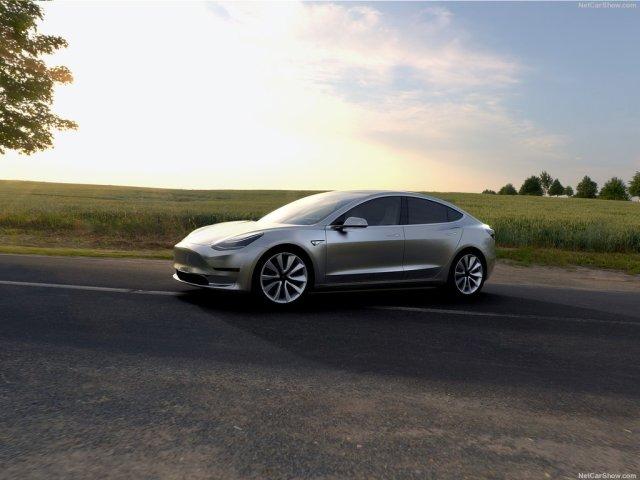 Tesla-Model_3_2018_1024x768_wallpaper_03