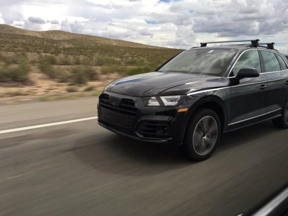 2017-Audi-Q5-front-three-quarters-spied