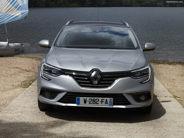 Renault-Megane_Estate-2017-1280-25