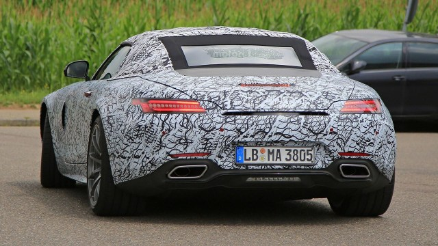 mercedes-amg-gt-c-roadster-spy-photo-3