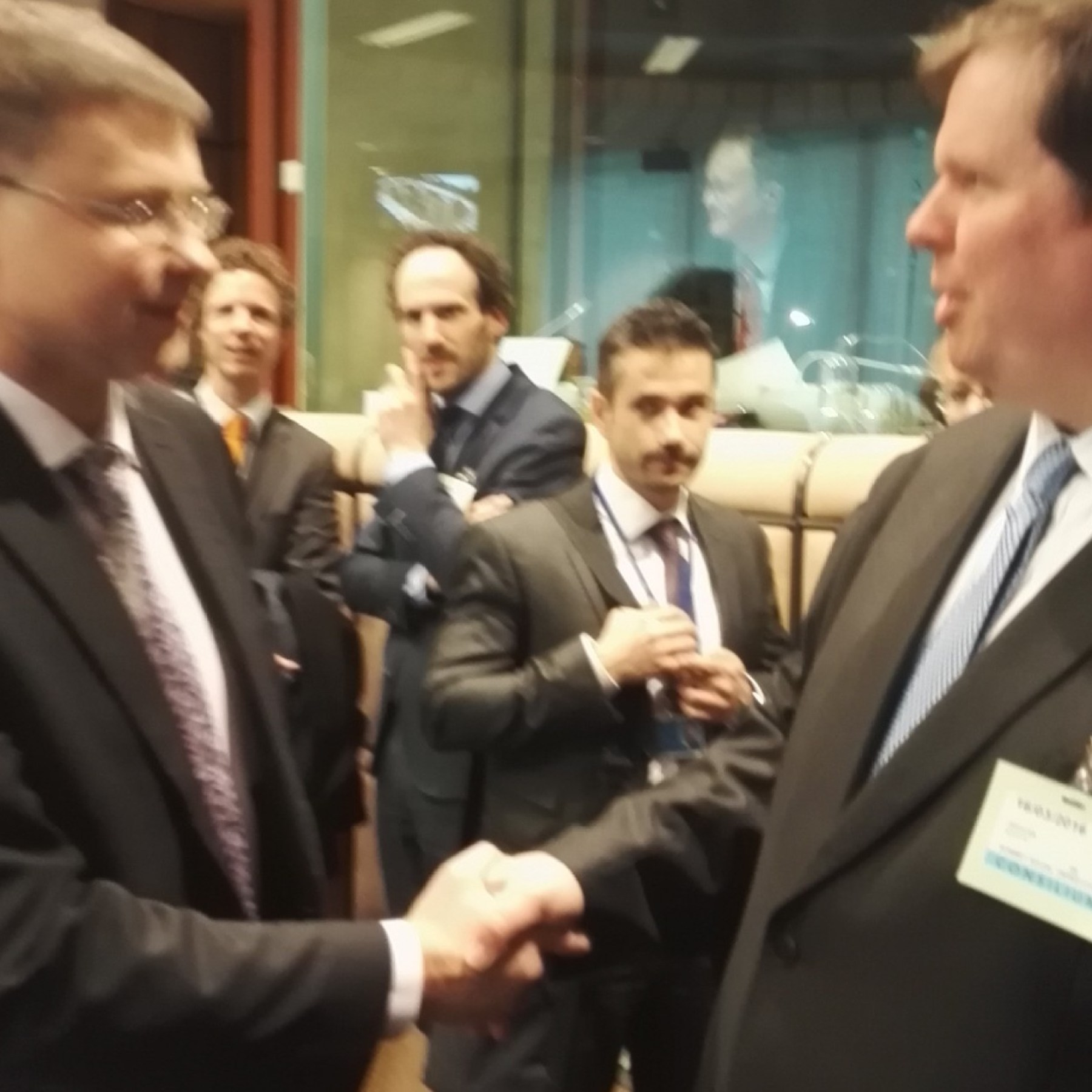 Commission Vice-President Valdis Dombrovskis and Martin Jefflén, President of Eurocadres at the TSS