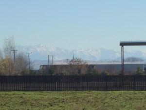 photo of a semi-rural scene in Clovis, California in December 2003.
