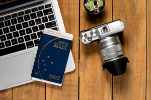 viajar com dois passaportes