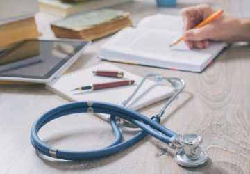 Equivalência de diploma médico em Portugal