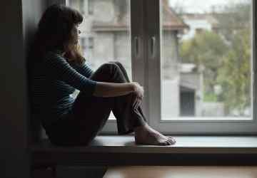 Como lidar com a perda de pessoas queridas morando no exterior