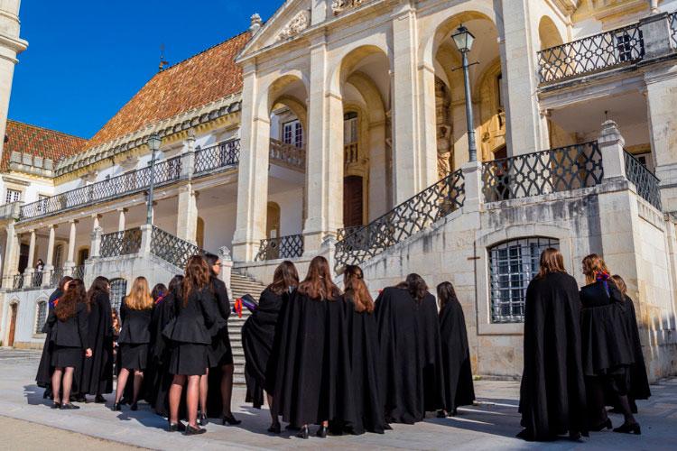 estudantes da Universidade de Coimbra