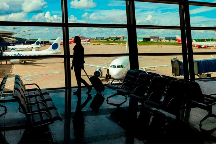 seguro viagem já estando no exterior aeroporto