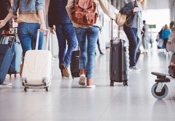 Metade dos jovens quer sair do Brasil