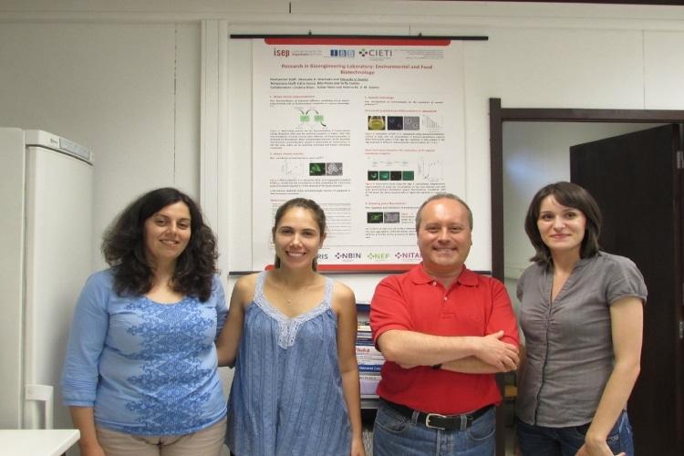 Vanessa Mesquita no laboratório em Portugal