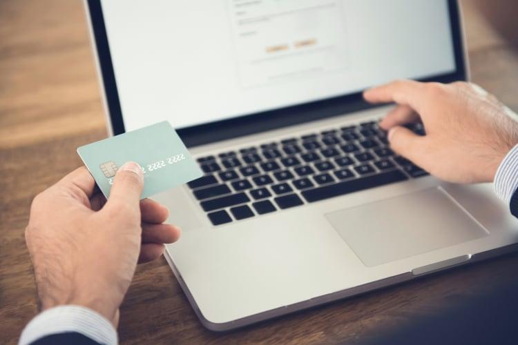 Enviar dinheiro para o Brasil pelas plataformas digitais