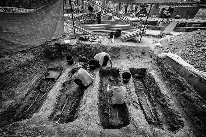 fotografías sobre la memoria histórica de España ganan premio A Photo Reporter