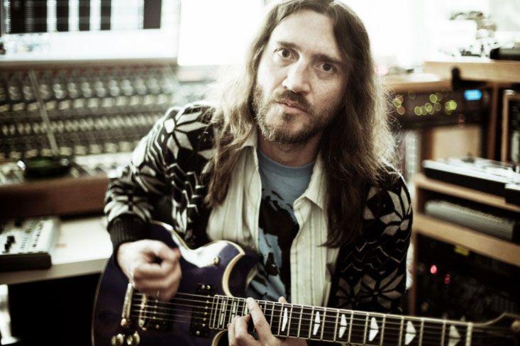 John Frusciante vuelve a Red Hot Chili Peppers y los fans enloquecen