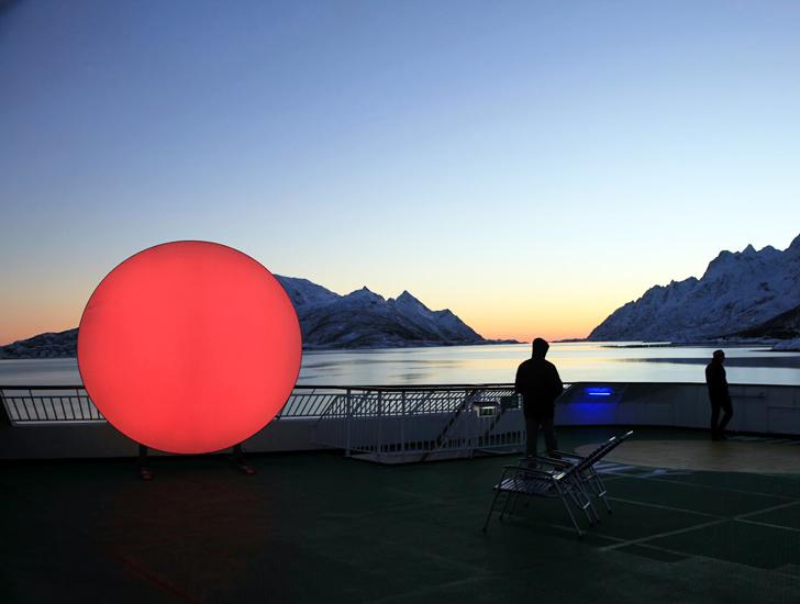 Traveling-LED-Sun-Lisa-Pacini-Christine-Istad