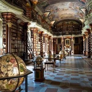 Kilencven éve Prágának adták el a híres magyar könyvtárat
