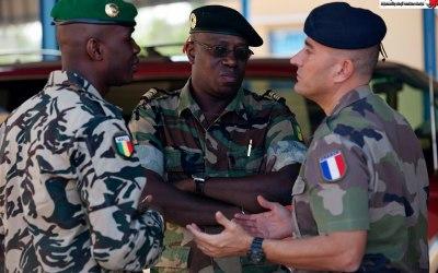 فرنسا .. أطماع وتطلعات لمكافحة الإرهاب في إفريقيا