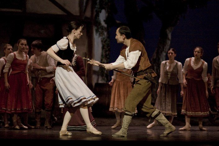 Wer braucht noch Drogen? Giselle als Methadonprojekt an der Oper in Straßburg