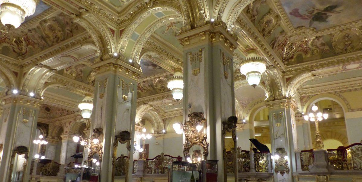 Kaffeehäuser in Budapest - ein Wintermärchen