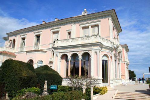 Villa Ephrussi de Rothschild viewed from Sèvres Garden
