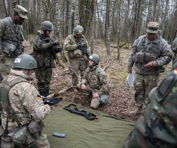 Britain Extends Military Presence in Germany Way Past Brexit