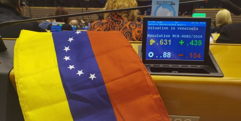 EU Parliament Recognizes Guaido as Venezuela's President, Tells Union to Follow Suit