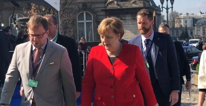 Merkel Reassures UK of EU's 'Wide Open Door' despite Brexit