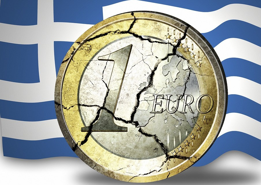 Greece: Eurozone and IMF clash over debt relief