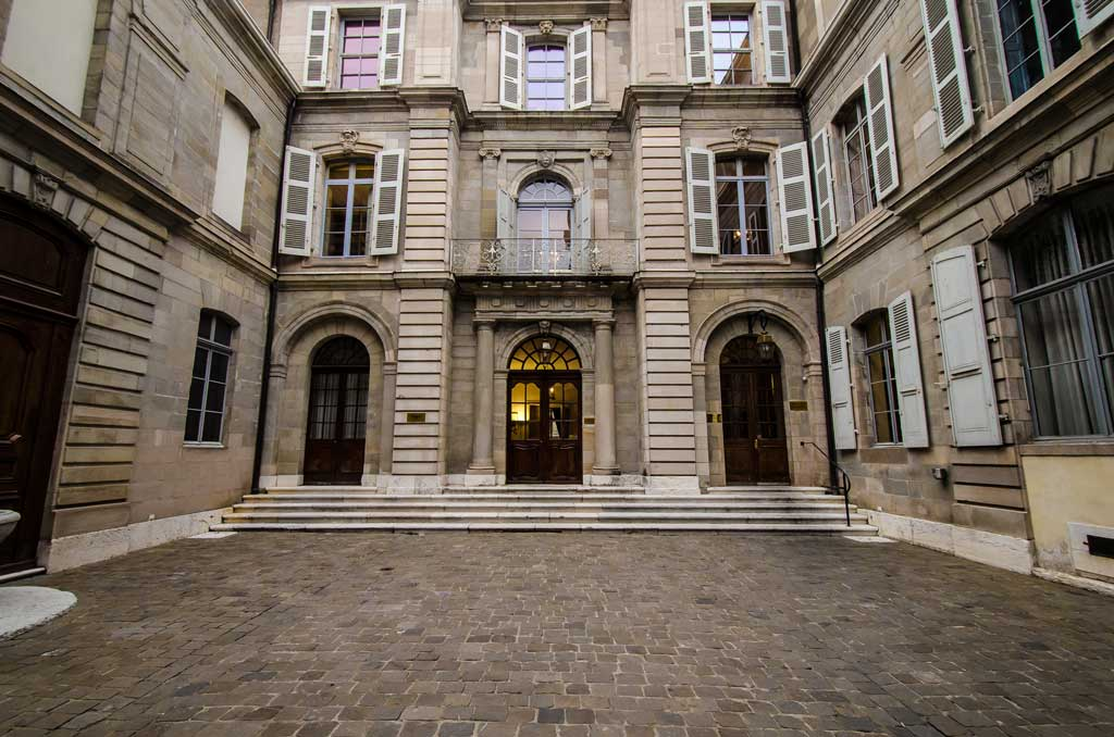 A courtyard in Geneva Old Town