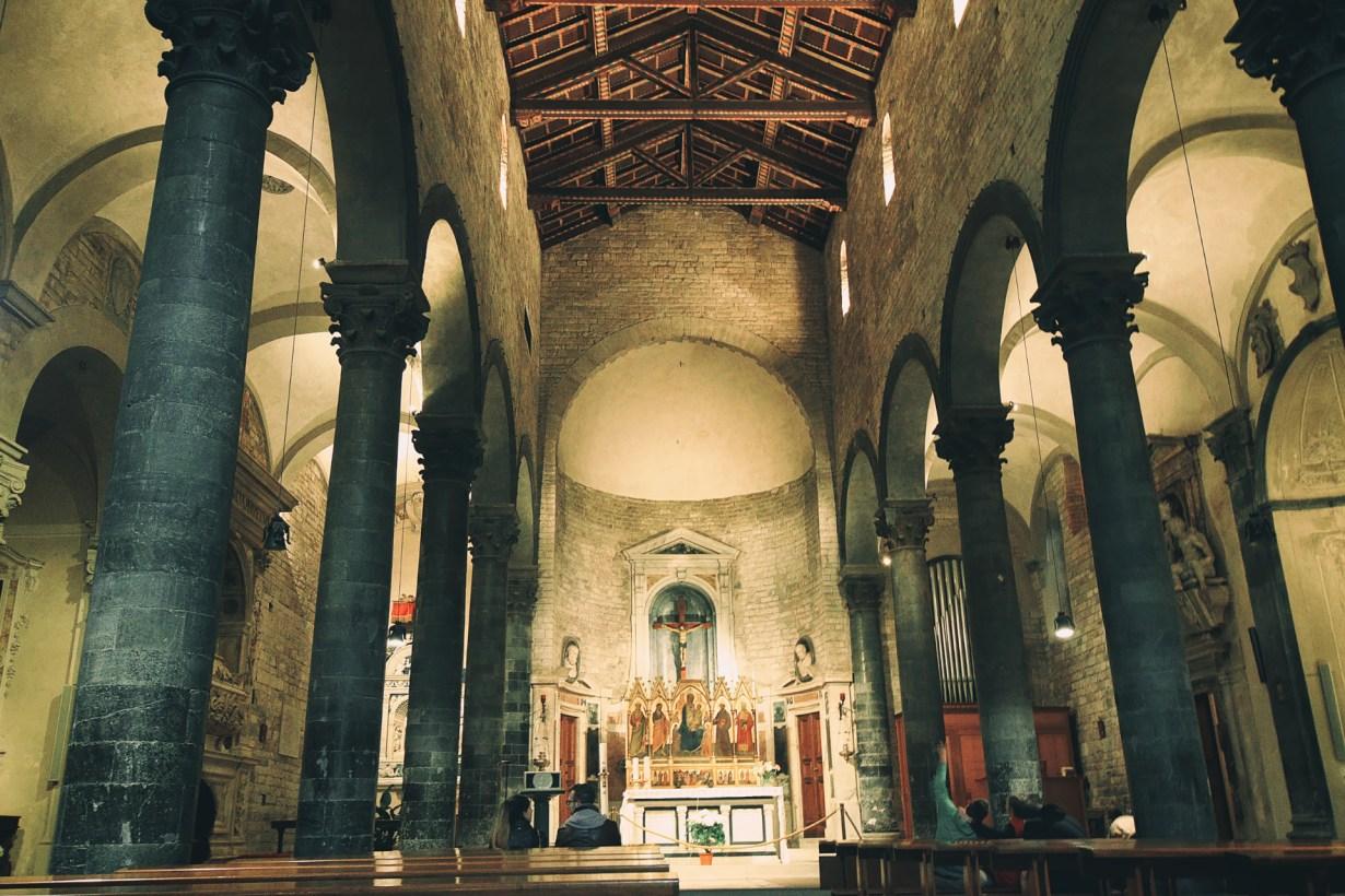 The interior of the Chiesa dei Santi Apostoli church in Florence