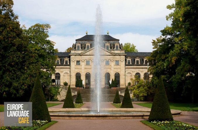 Geography Quiz: European Palaces and Castles