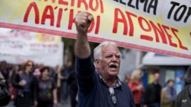 greekprotestorathensantiausterity