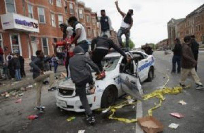 thumbnail_Baltimore-Riots