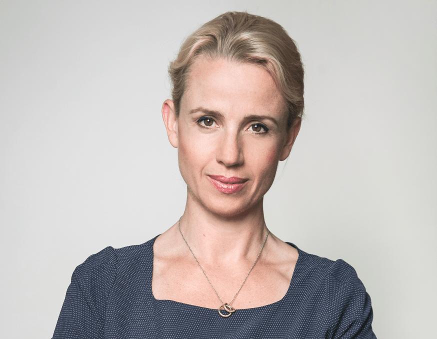 Daria Golebiowska-Tataj foto front blue 2014