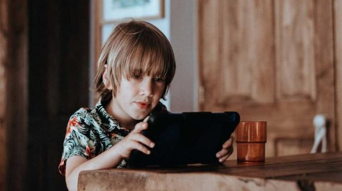 Internet of Toys: Is that teddy or tablet collecting your child's data?