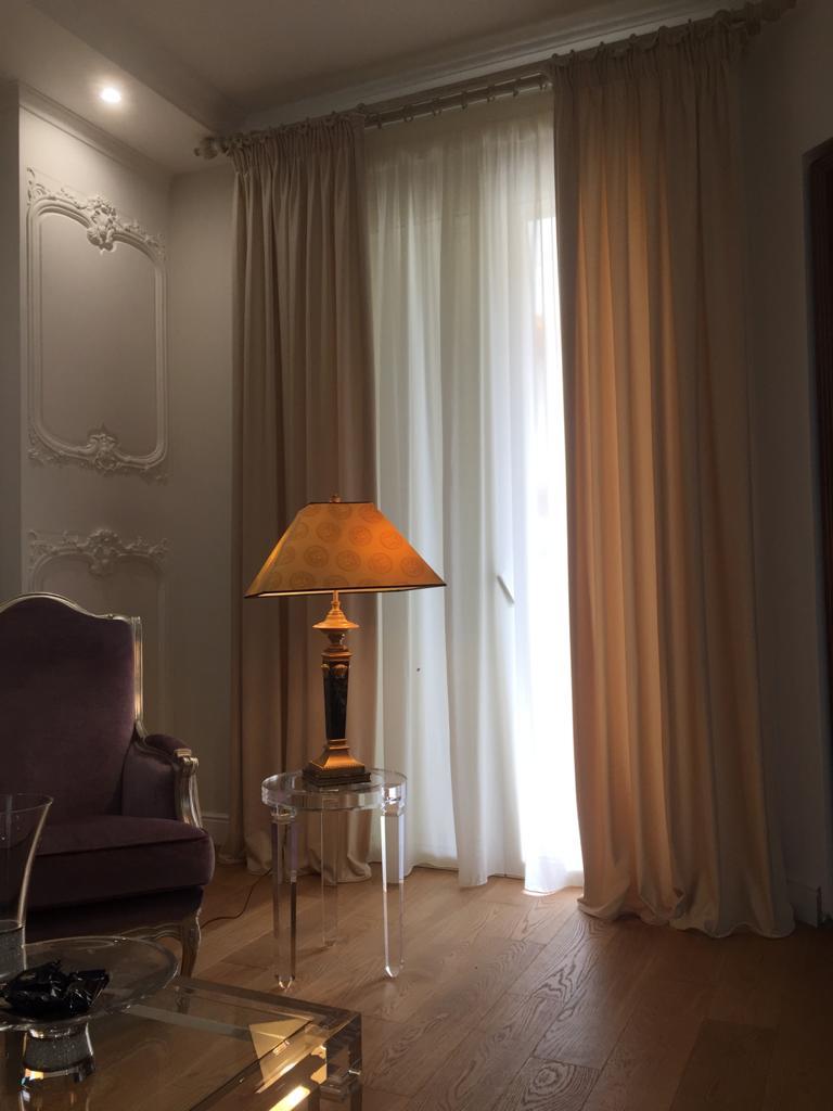 con i nostri bastoni per tende puoi appendere tende a pannelli di qualsiasi lunghezza, che puoi adattare alle pareti della stanza grazie ai raccordi angolari. Tende Interne Prodotti Eurotenda Tende Interne Ed Esterne