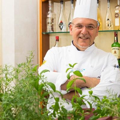Nuova vita per il ristorante Eduardo <br>Ai fornelli Maurizio Urso